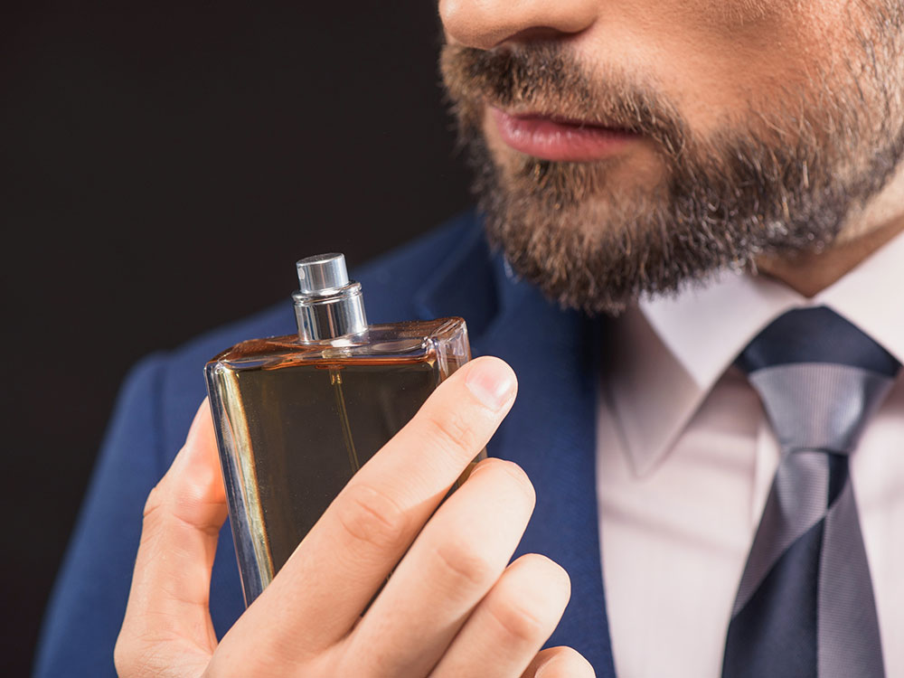 هنگام خرید عطر مردانه چه نکاتی را باید رعایت کنیم؟