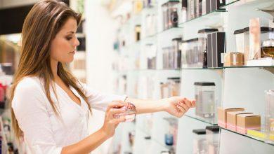 تصویر راهنمای خرید و معرفی ۲۱ عطر زنانه خوشبو و پرفروش با قیمت روز