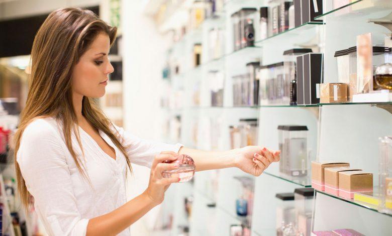 هنگام خرید عطر زنانه چه نکاتی را باید رعایت کنیم؟